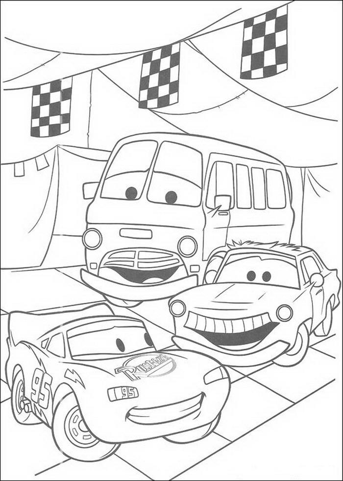 Cars Kleurplaten Games.Kids N Fun Kleurplaat Cars Pixar Mcqueen En Vrienden