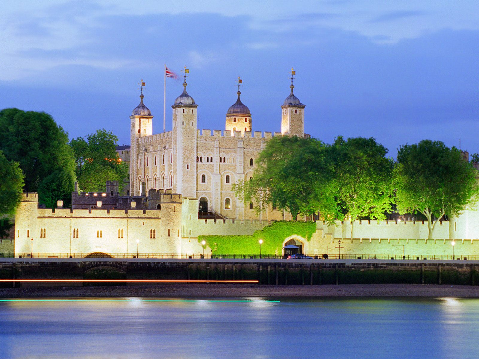 Kids n fun wallpaper tower of london england for Wallpaper home england